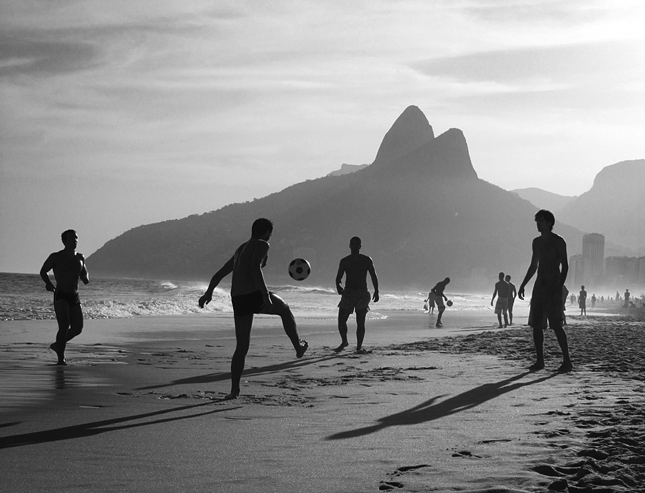 Testmeat photoblog beach soccer beach black and white brazil football ipanema sand shadow shadows soccer south america water rio de janeiro favourite