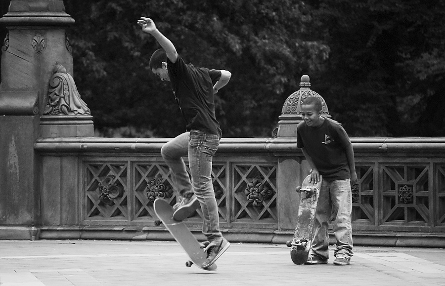 skaters #1 | click for previous photo